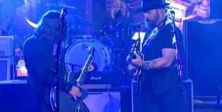 "Foo Fighters revive ""War Pigs"" de Black Sabbath"