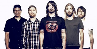 Un miembro de Foo Fighters se lanza como solista