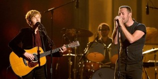 Beck y Chris Martin