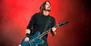 Otro adelanto: Foo Fighters tocó Arrows en vivo Atenas