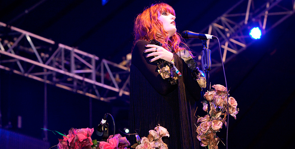 """Ship to wreck"", lo nuevo de Florence + The Machine"