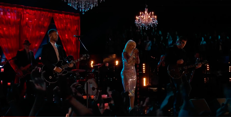 Christina Aguilera homenajeó a B.B. King