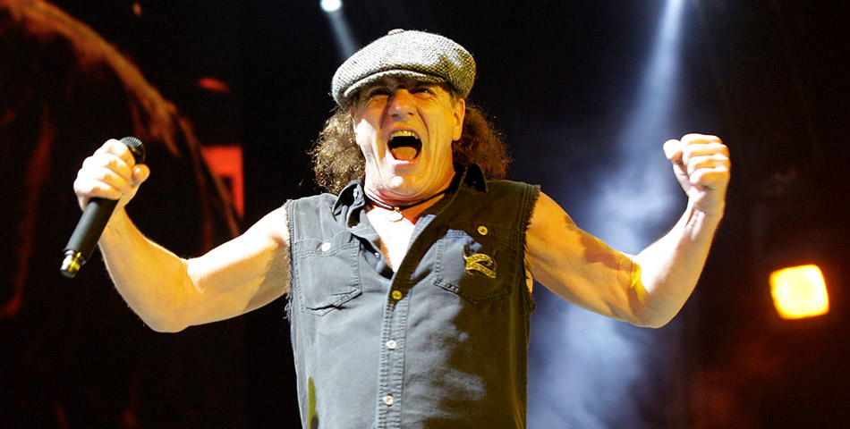 Fuerte carta de Brian Johnson