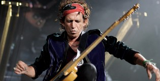 Problemas en el paraíso del rock: Richards le pegó a los Beatles