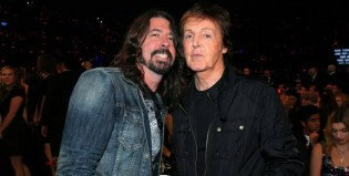 Taylor Swift le salvó las papas a Dave Grohl frente a Paul McCartney