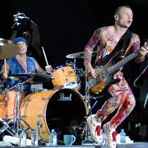 The Red Hot Chili Peppers during Lollapalooza 2006 - Day 3 at Grant Park in Chicago, Illinois, United States. (Photo by KMazur/WireImage)