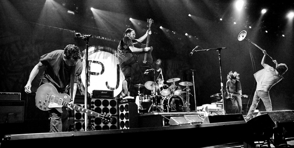 ¡26 años de Pearl Jam en vivo en un solo video!