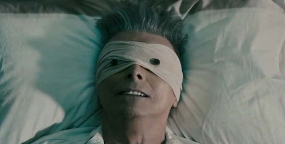 "Nuevo tema inédito de David Bowie: ""Killing A Little Time"""