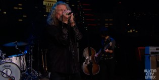 "Robert Plant y una memorable versión de ""Black dog"""