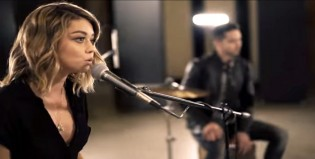 Haley de Modern Family hizo un cover increíble de un tema de The Chainsmokers