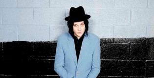 "Jack White versiona ""The Rose With The Broken Neck"", de Danger Mouse"