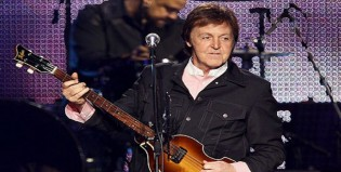 """Paul McCartney reeditará """"Flowers In The Dirt"""" con material inédito"""