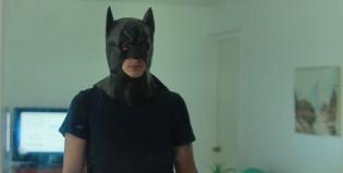 Lanzan tráiler de 'Dark Knight': La película basada en la masacre ocurrida en el estreno de Batman