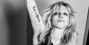 Eterna rebeldía: Courtney love y un post polémico