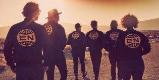 Mirá el nuevo video de Arcade Fire: Signs of Life