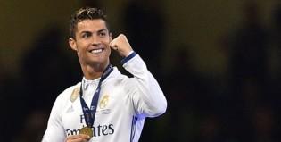 """El nuevo look de Cristiano Ronaldo """"a lo Maluma"""" después de ganar la Champions League"""