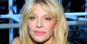Lo que faltaba: Courtney Love hizo un cover de Selena Gomez