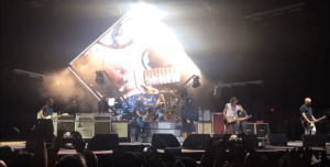 Foo Fighters, Liam Gallagher y Joe Perry se unen para homenajear a The Beatles