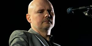 Billy Corgan íntimo: escuchá The Spaniards desde lo de James Corden