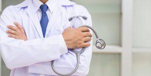 ¿Sos médico y buscás trabajo? Europa tiene una (durísima) oferta para vos