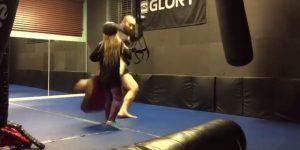 Inimputable: luchador profesional derribó a su hija con un patadón
