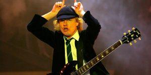 "Angus Young de AC/DC reveló que creó ""Highgway to Hell"" en el baño"