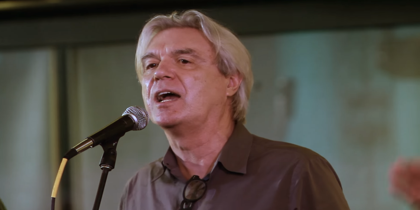 """""""We can be heroes, just for one day"""" el increíble homenaje de David Byrne a Bowie"""