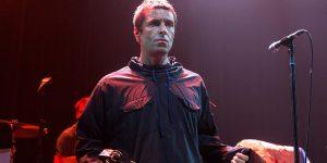 """Foo Fighters quiere tener """"algo"""" con Liam Gallagher"""