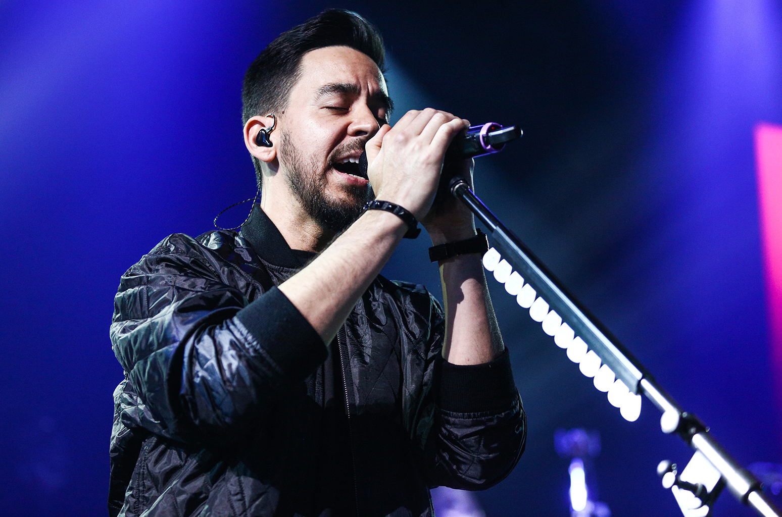 "Mike Shinoda estrenó ""Crossing a Line"", su nuevo single"