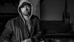 Eminem lanzó un disco sorpresa