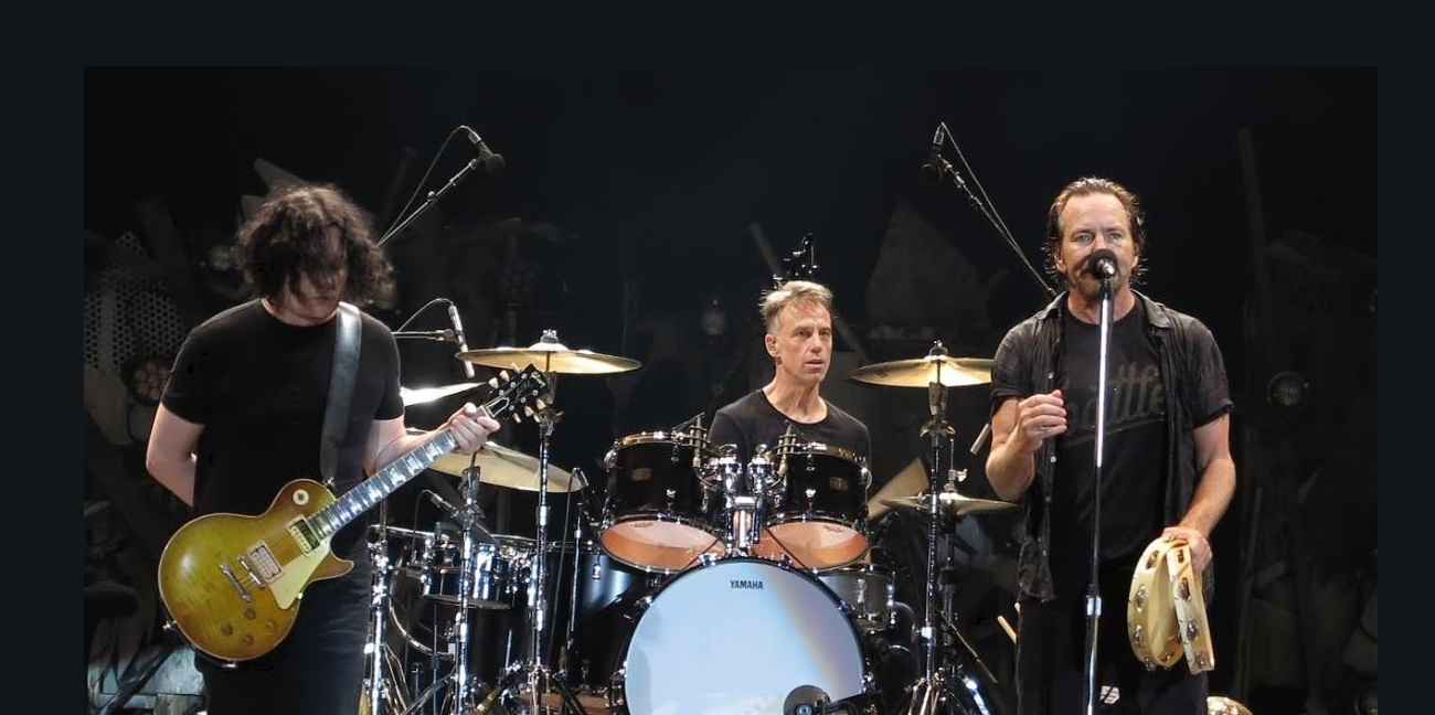 Mirá a Pearl Jam tocar The White Stripes y The Beatles!