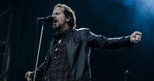 Pearl Jam sorprendió con un tema que nunca antes había tocado en vivo