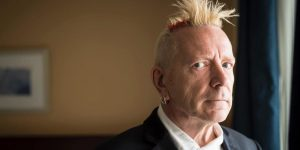 El preocupante aspecto de Johnny Rotten, ex vocalista de 'Sex Pistols'