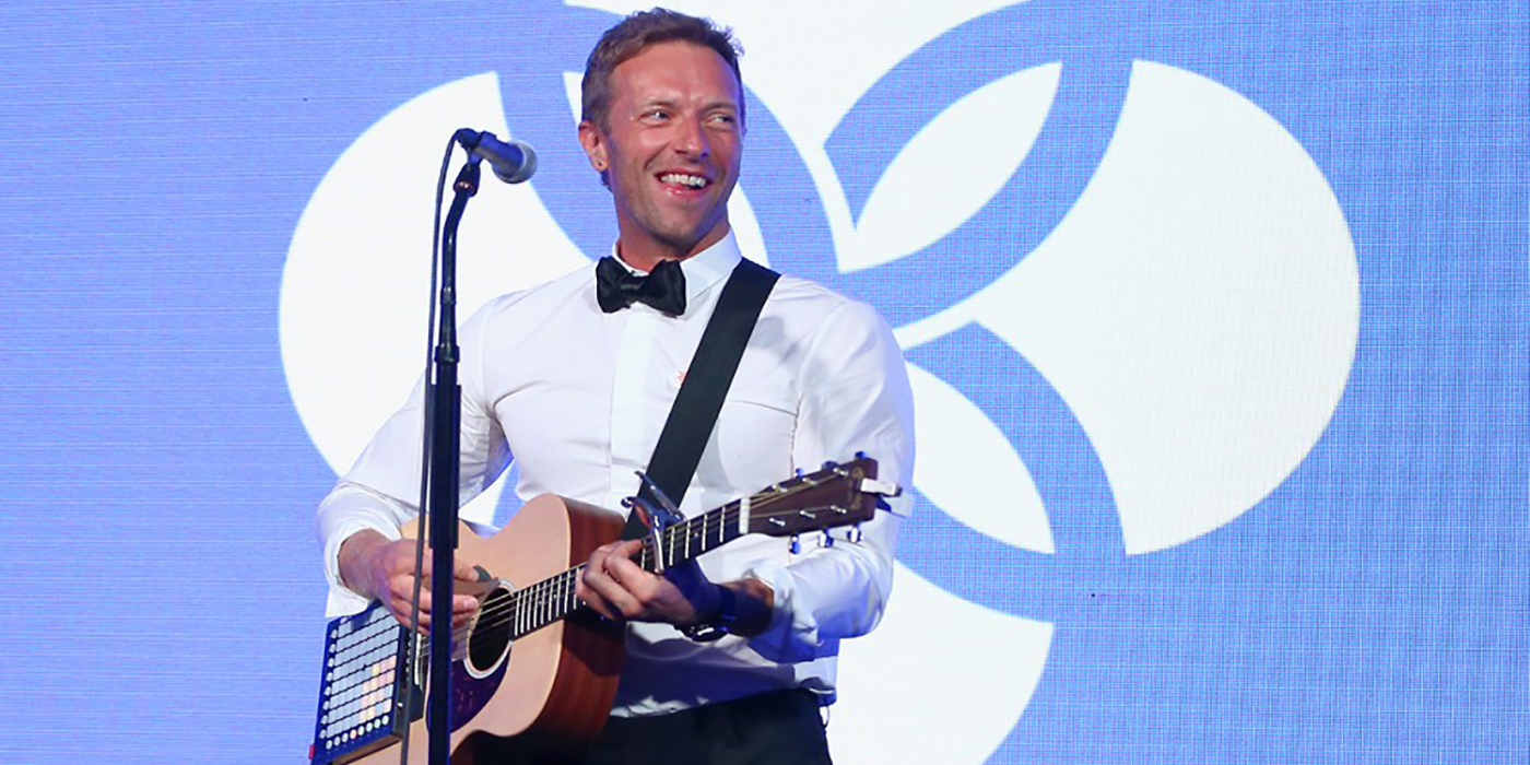 VIDEO: ¡Chris Martin tocó una canción de Titanic!