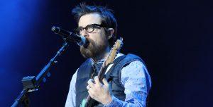 """""""Mueran zombies bastardos"""", escuchá lo nuevo de Weezer"""