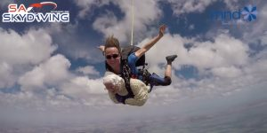 Irene O'Shea, la paracaidísta más anciana del mundo
