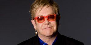 """""""Lloré al ver mi película"""": la confesión de Elton John"""