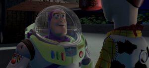 """""""¡Eres un juguete!"""", ¿o no? Mirá el video en el que Buzz Lightyear mueve la cabeza"""