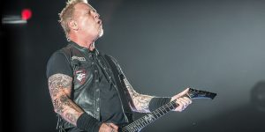 Metallica suspende su gira tras la internación de James Hetfield