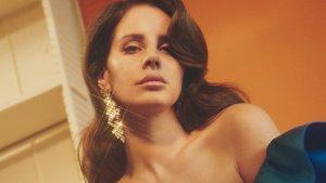 Lana del Rey está convocando a músicos locales para tocar con ella en su gira