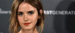 Emma Watson: a los besos con un chico misterioso
