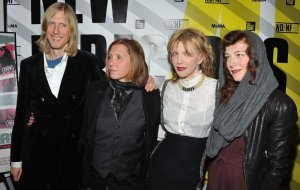 ¡Courtney Love anticipó el regreso de Hole!