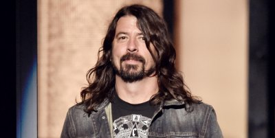 """No somos cool, tocamos rock de papás"", asegura Dave Grohl sobre Foo Fighters"