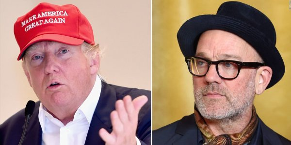 Michael Stipe calló a Donald Trump porque estaba hablando durante un show de Patti Smith