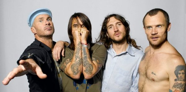 Confirmado: con Frusciante en guitarra, ¡se viene nuevo disco de Red Hot Chili Peppers!