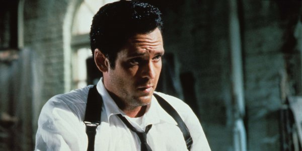 Michael Madsen recrea una icónica escena de Reservoir Dogs, desde su casa
