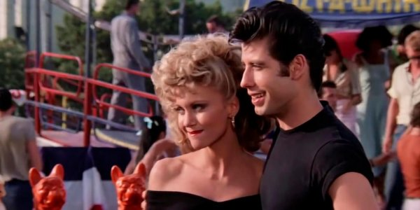 "John Travolta recreará la coreografía de ""Grease"" en el Super Bowl"