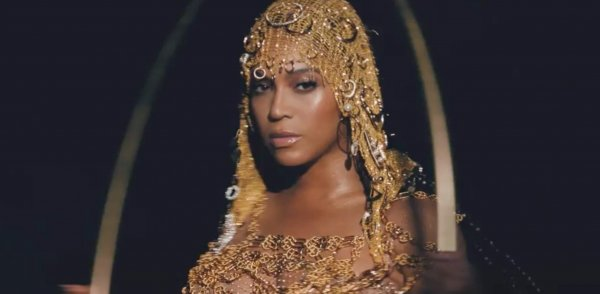 "BEYONCÉ presenta un trailer de su disco visual ""BLACK IS KING"""