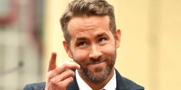 Ryan Reynols presiona a Marvel para que Deadpool sea bisexual