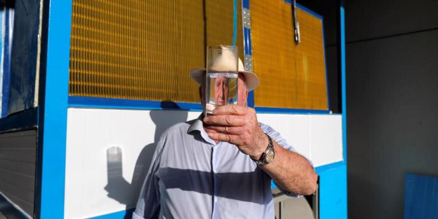 """¡Increíble! Un español crea una máquina que produce agua """"de la nada"""""""